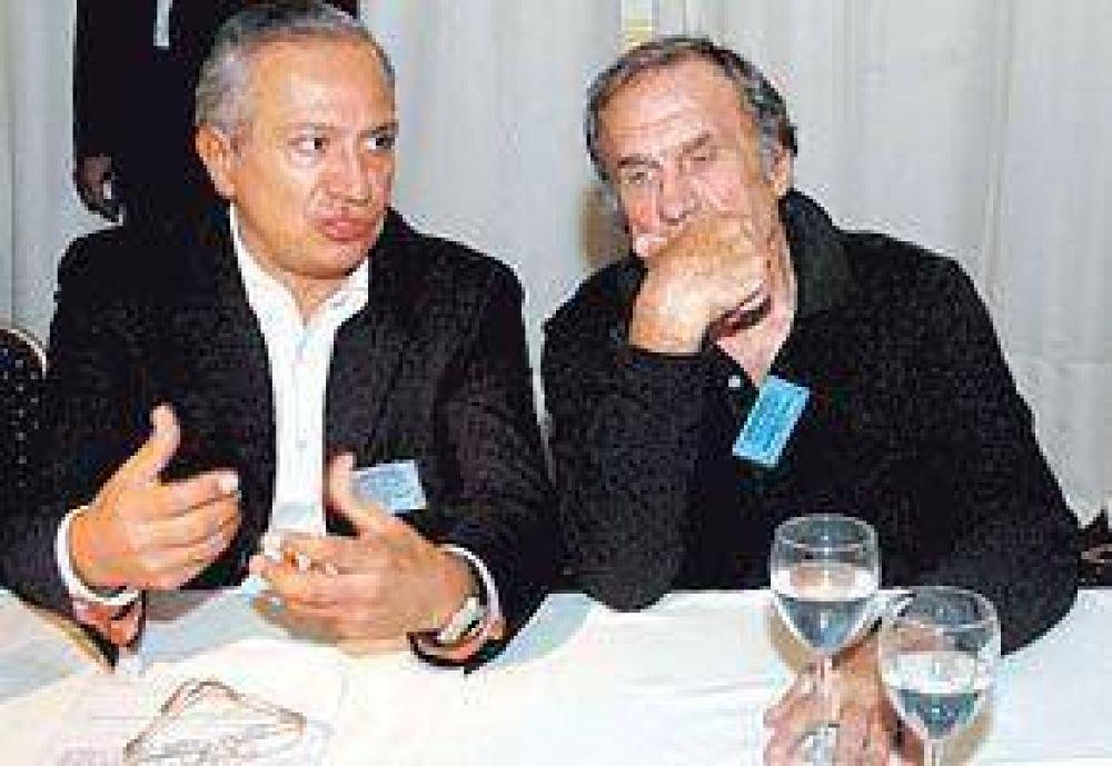 Romero también renunció y los K ya perdieron cuatro senadores