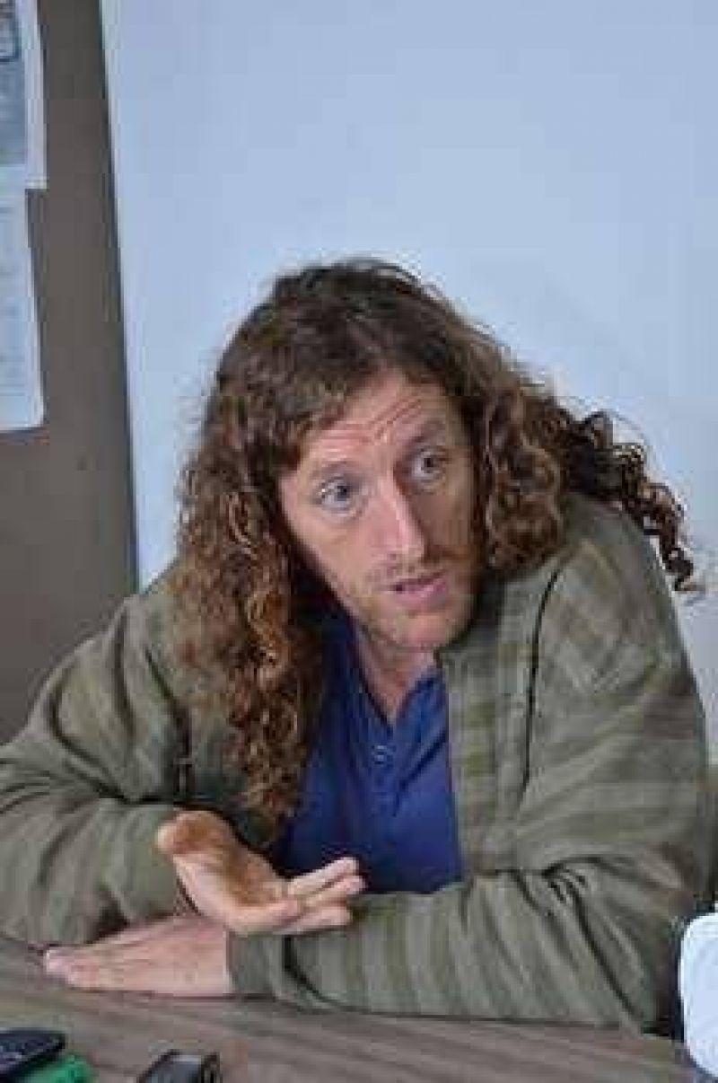 """Para Oscar de Isasi, """"en los municipios se agravan las situaciones de injusticia laboral"""""""