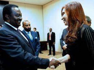 Cristina inició la misión comercial en Angola