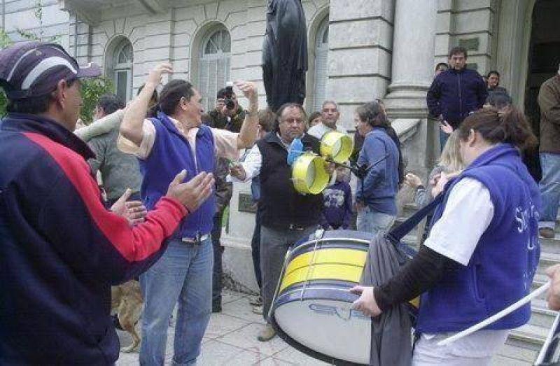 Los municipales levantaron el paro ante la conciliación obligatoria