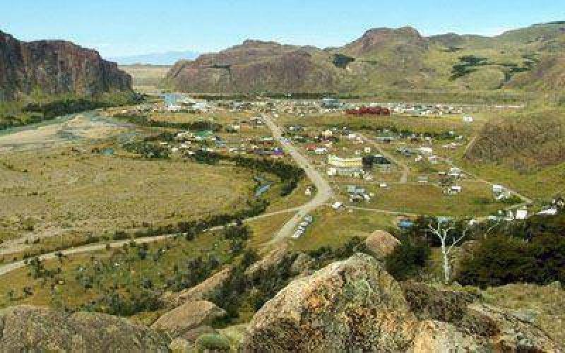 Uno de los pasos fronterizos de Chubut está cerrado por la erupción del Chaitén.