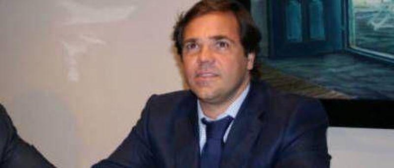 El jefe de Gabinete bonaerense dice que la agresi�n en 9 de Julio fue instigada por el intendente radical