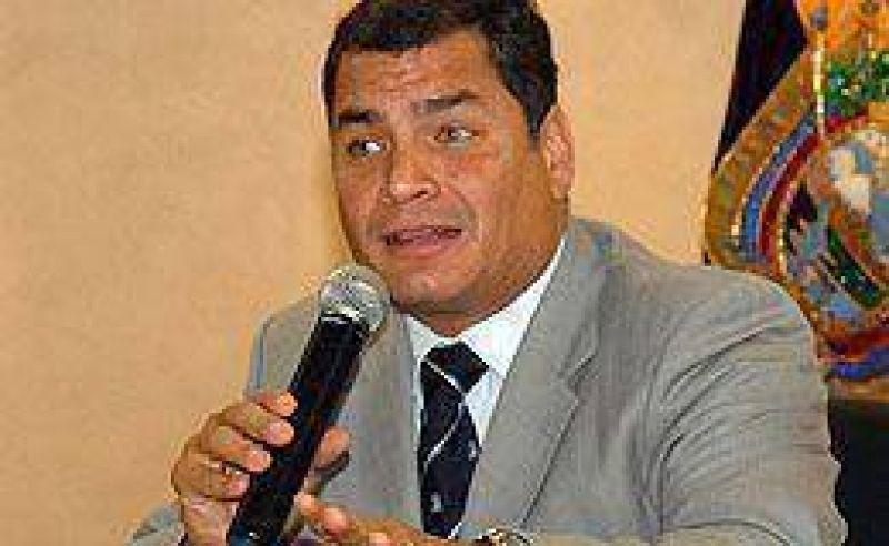Ecuador: Correa acusó al diplomático estadounidense expulsado de ser agente de la CIA