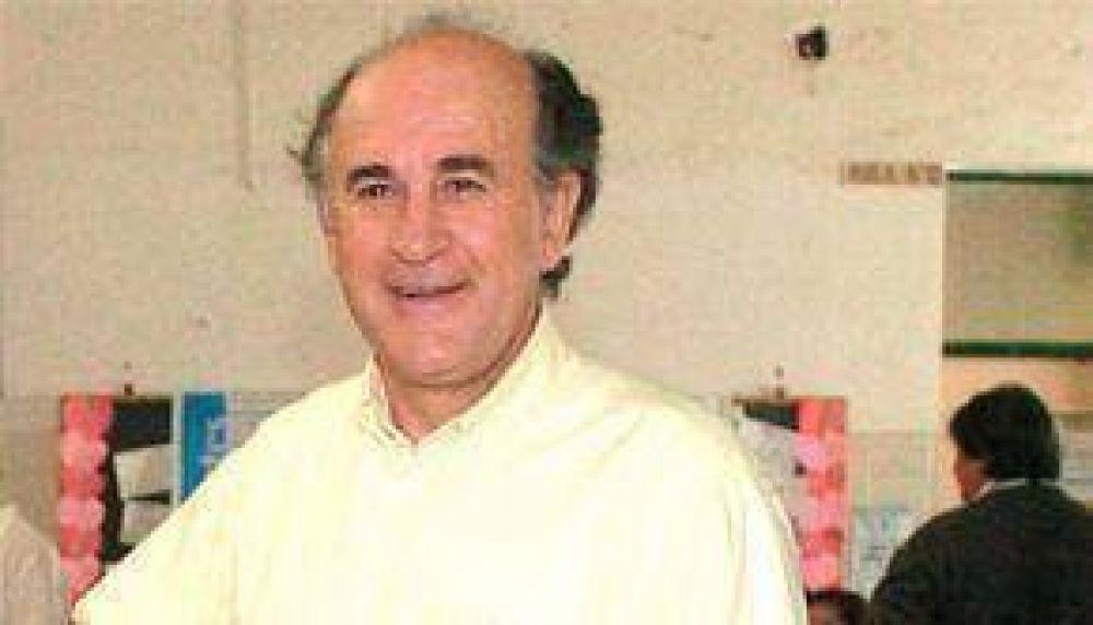 Parrilli dijo que en el 2006 Romero no quiso viajar a Tartagal a visitar a los inundados.