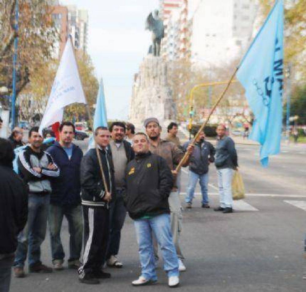 """Trueba: """"Tratar así a los pescadores de Mar del Plata es un suicidio político"""""""
