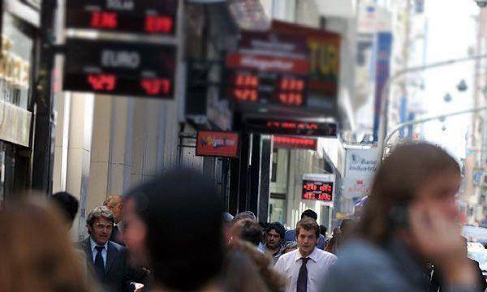 El dólar subió otro centavo y cotiza a $3,56 en la City