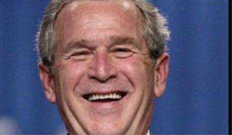 Bush fue a trabajar como recepcionista