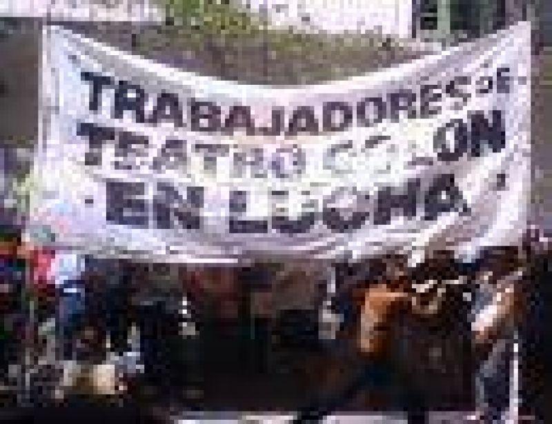 Trabajadores del Colón reclaman ante nuevos despidos