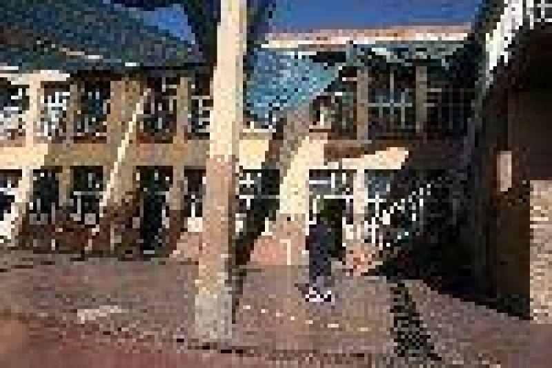 Desde octubre, el gobierno repara 350 escuelas