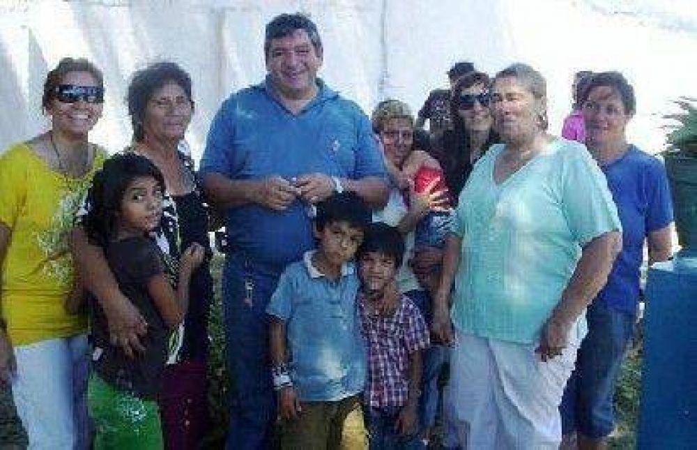 Polti se reunió con vecinos y anunció obras