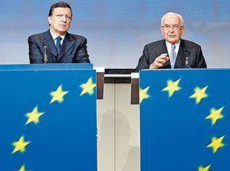 El ejecutivo europeo acepta ahora nacionalizar los bancos
