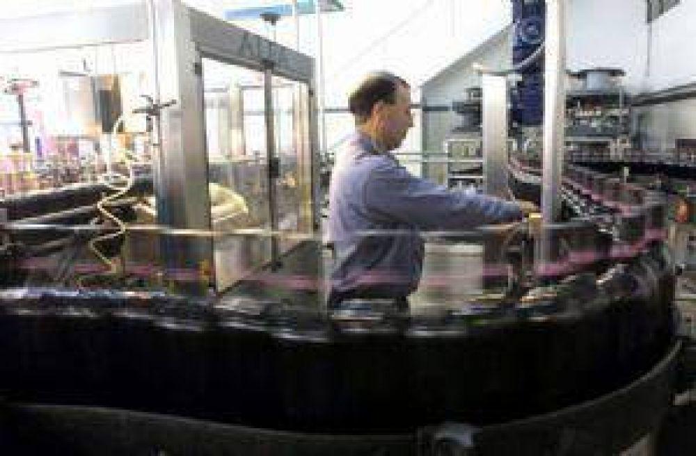 Cautela y dudas por la reducción de retenciones para el vino y el mosto