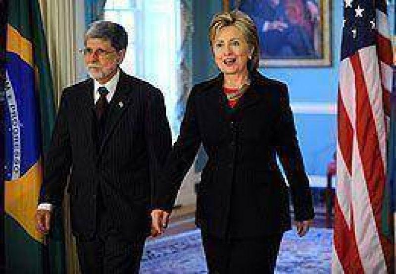 El canciller brasileño y Hillary prepararon la visita de Lula a Obama en marzo