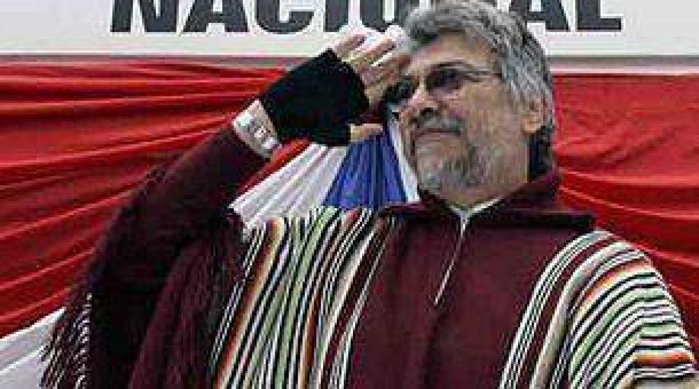 Insólito: Lugo reincorporó a militar condenado por contrabando en Argentina