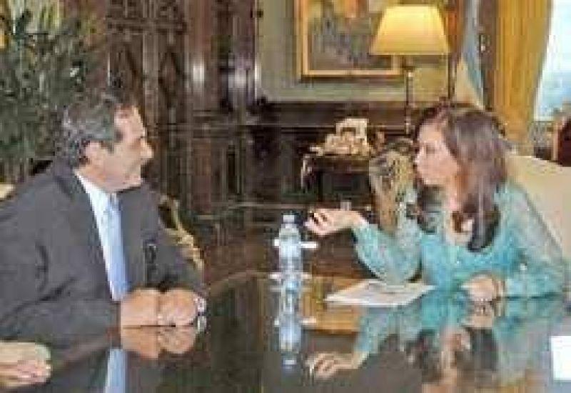 Cristina ayudará a pagar la deuda tucumana