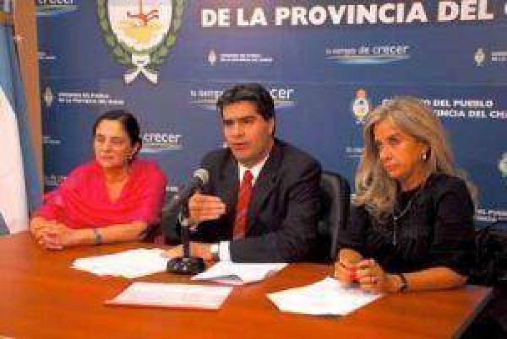 Capitanich pidió una tregua a la presión salarial de docentes