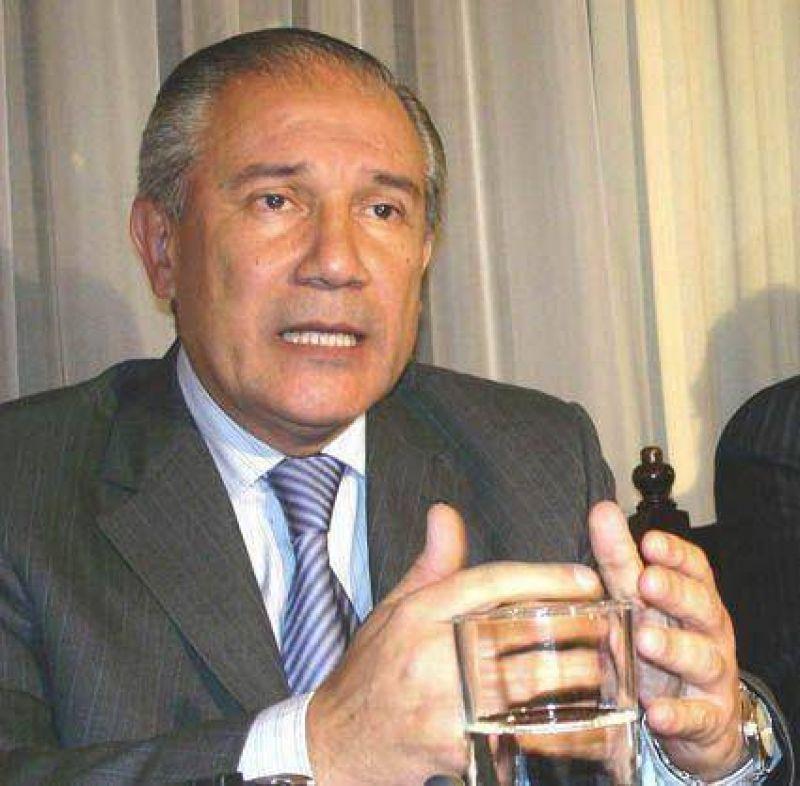 Finanzas y el año legislativo En la agenda de Barrionuevo