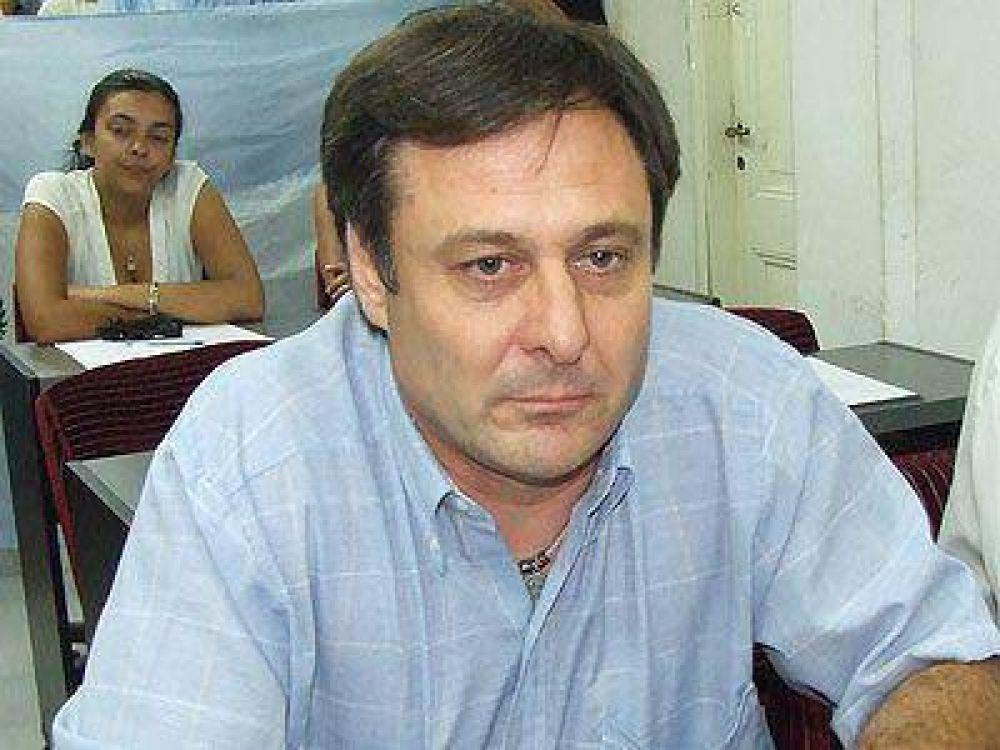 Bastanza defendió el proyecto para cobrar los asfaltos.