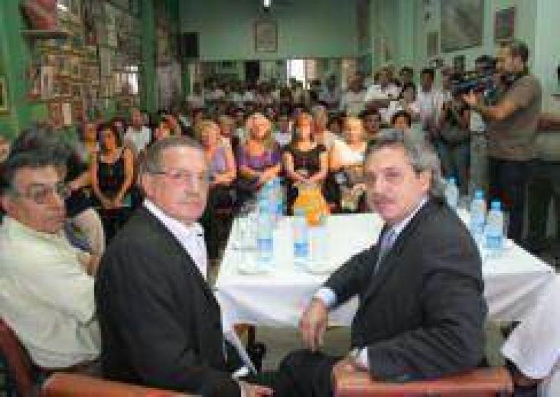 Alberto Fernández destacó la gestión de Gioja