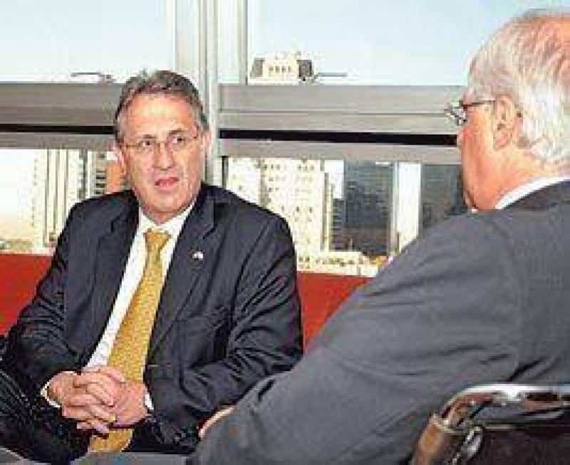 EE.UU. revisará un documento crítico sobre la Argentina