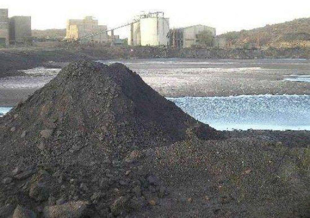 Plan de emergencia para llevarle agua a la minera.