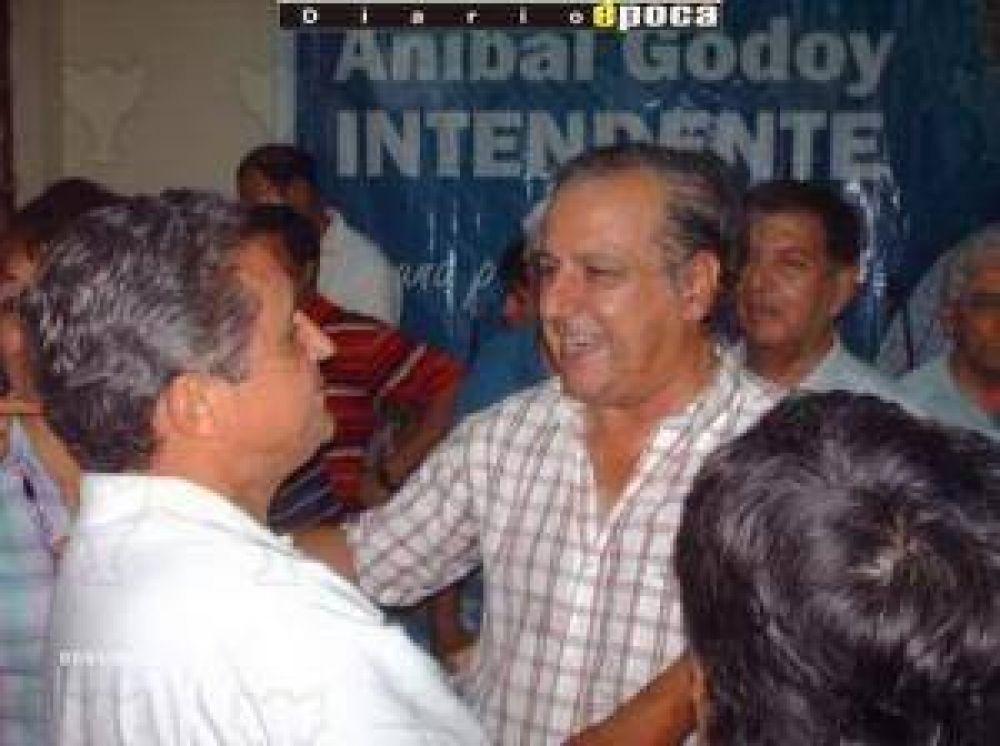 """Godoy: """"El candidato debe salir de las urnas""""."""