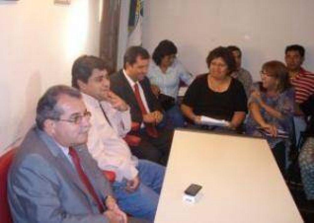 El gobierno recibió a la multisectorial y el dialogo continuará.