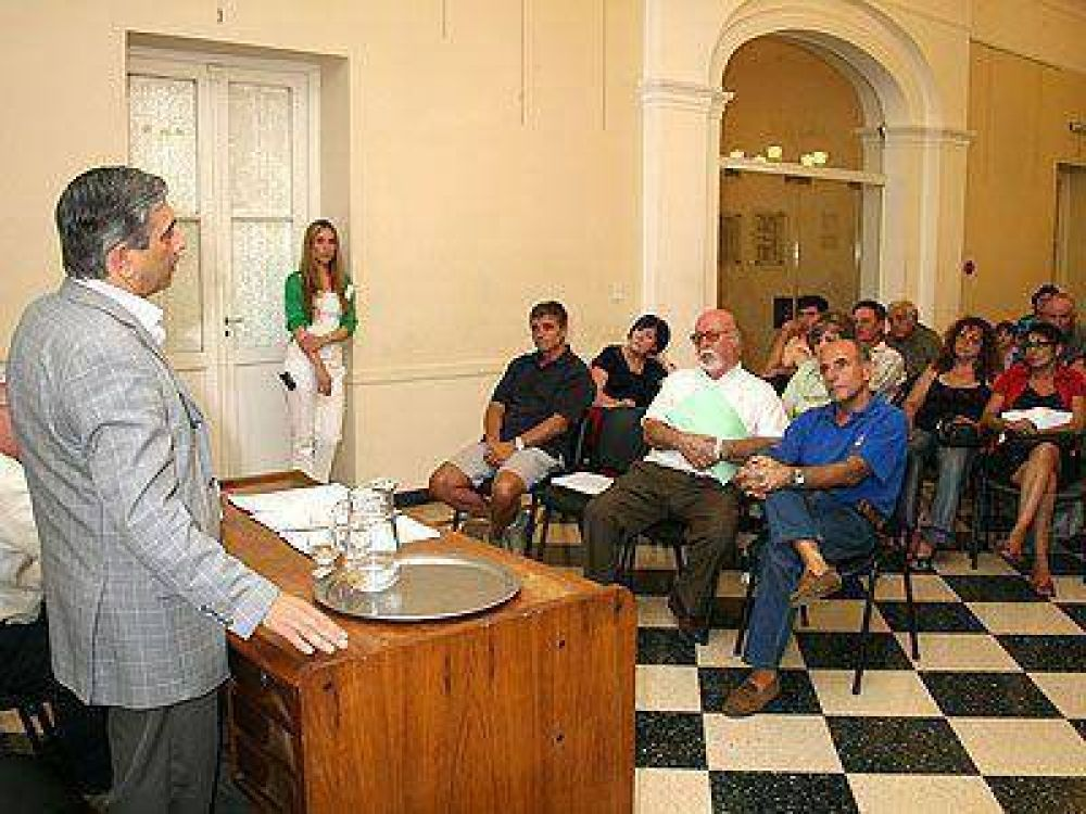 SAN VICENTE   GESTIÓN    Lanzaron el plan Municipal Alimentario Ganadero