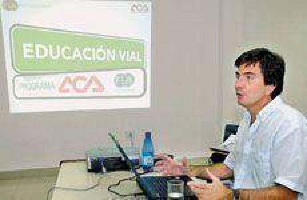 El Automóvil Club trae un curso de educación vial a Santiago.