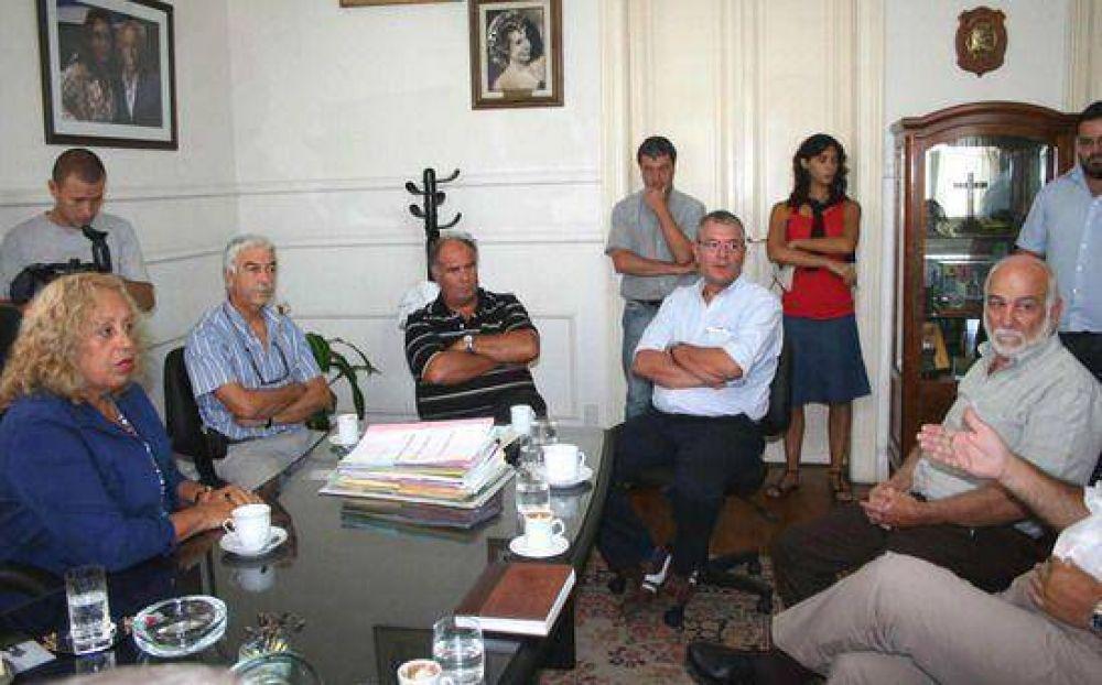 Le manifestarán su preocupación por la creciente inseguridad en la ciudad: La intendenta junto a representantes de la oposición