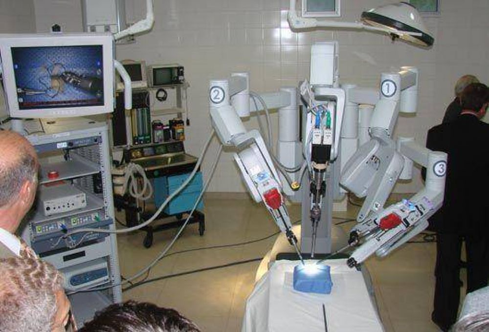 Malvinas Argentinas  Silencio, robots operando