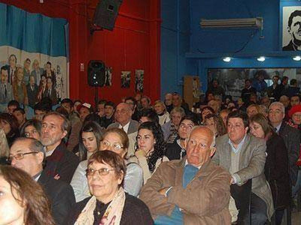 LOMAS: Mariotto encabezó un acto en homenaje a Evita