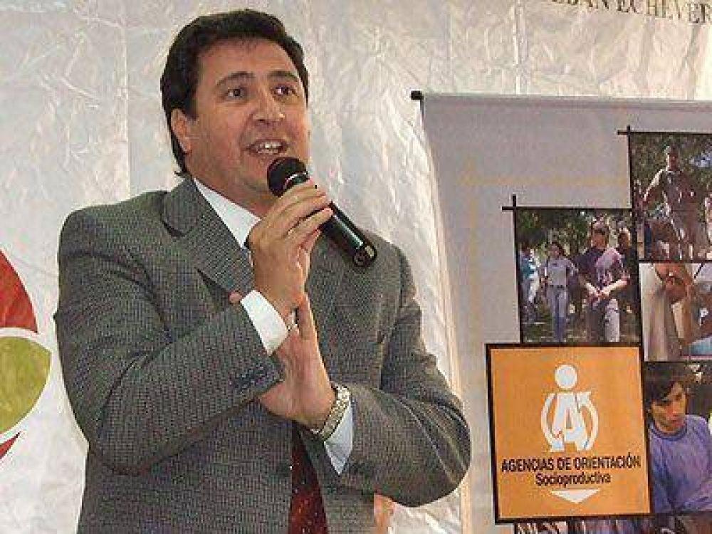 POR UN CONVENIO CON DESARROLLO SOCIAL    Más de 200 jóvenes podrán aprender un oficio en Echeverría