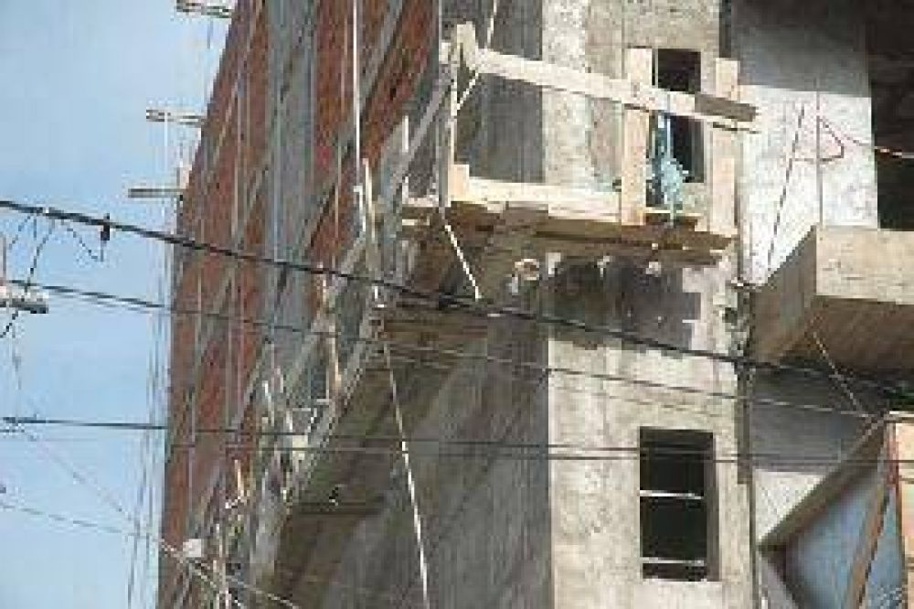 La Uocra reclamó auditorías sorpresa sobre los edificios en construcción