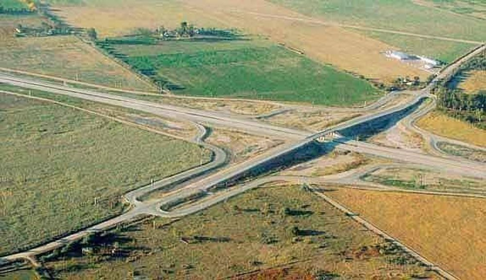 Cristina llega a Villa María para inaugurar un nuevo tramo de la autopista Córdoba-Rosario