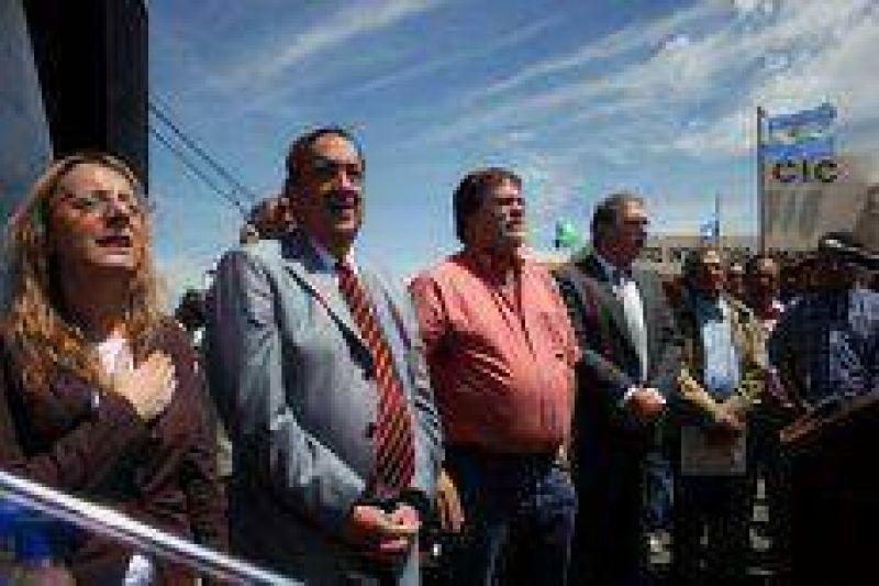 El gobierno de Lunghi espera contar con una visita K para la inauguración del CIC Tunitas.