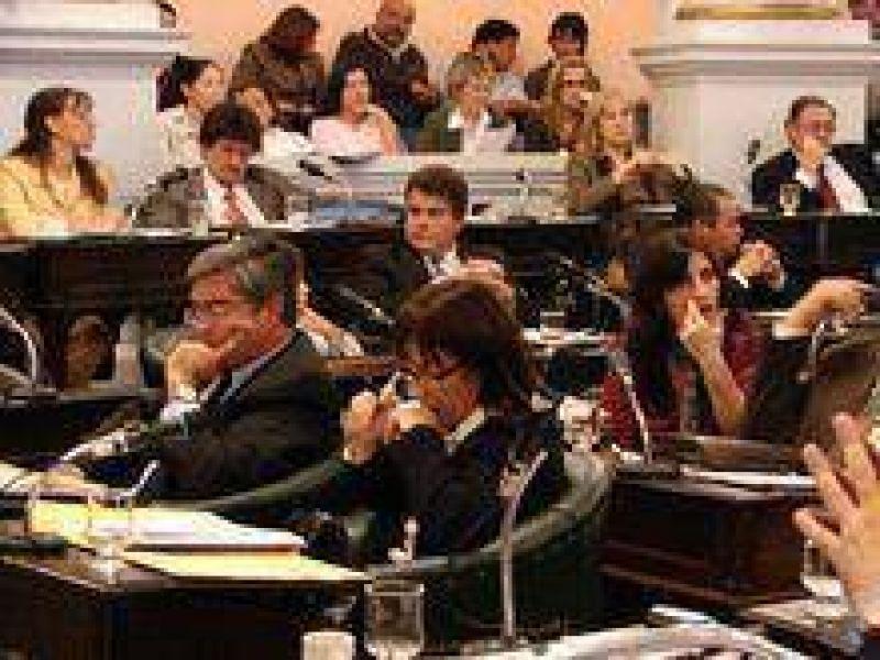 Volvió el consenso: el PAF pasó a comisión.