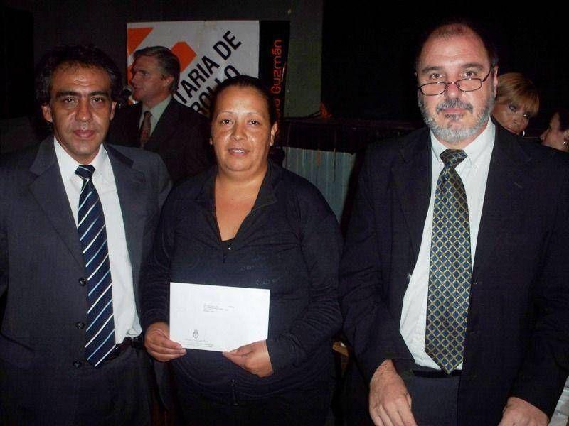 Escobar: Se entregaron más de 200 pensiones asistenciales