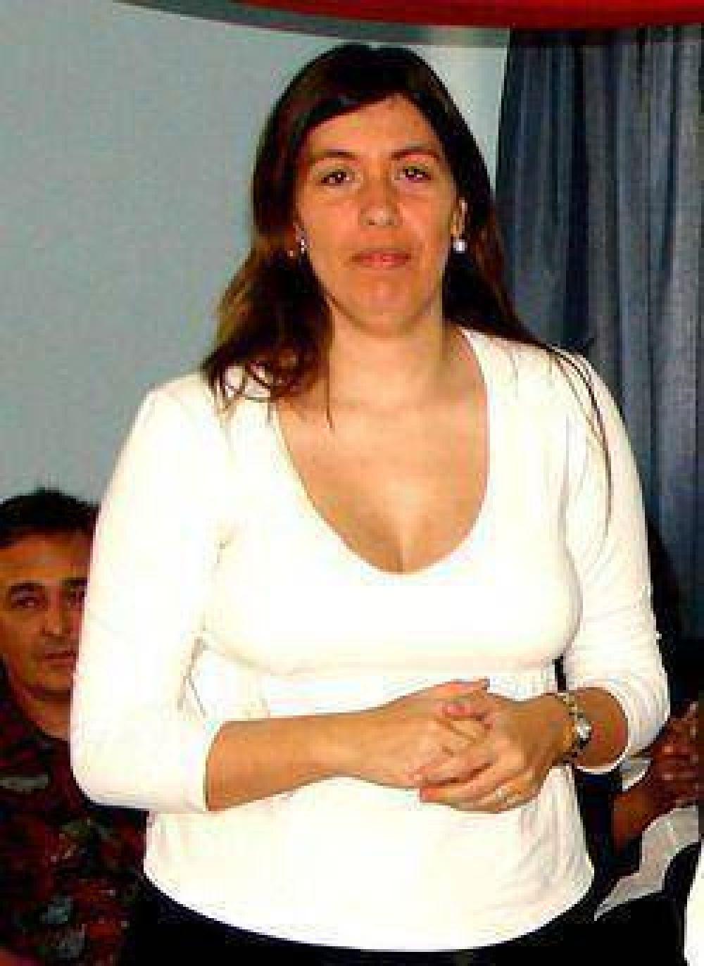 220 pensiones para la vejez y discapacitados de Campana recibió la Secretaria de Desarrollo Humano