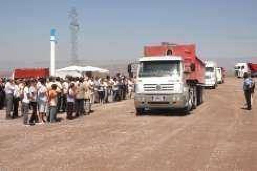 En Albardón abren una ruta minera que alivia el tránsito