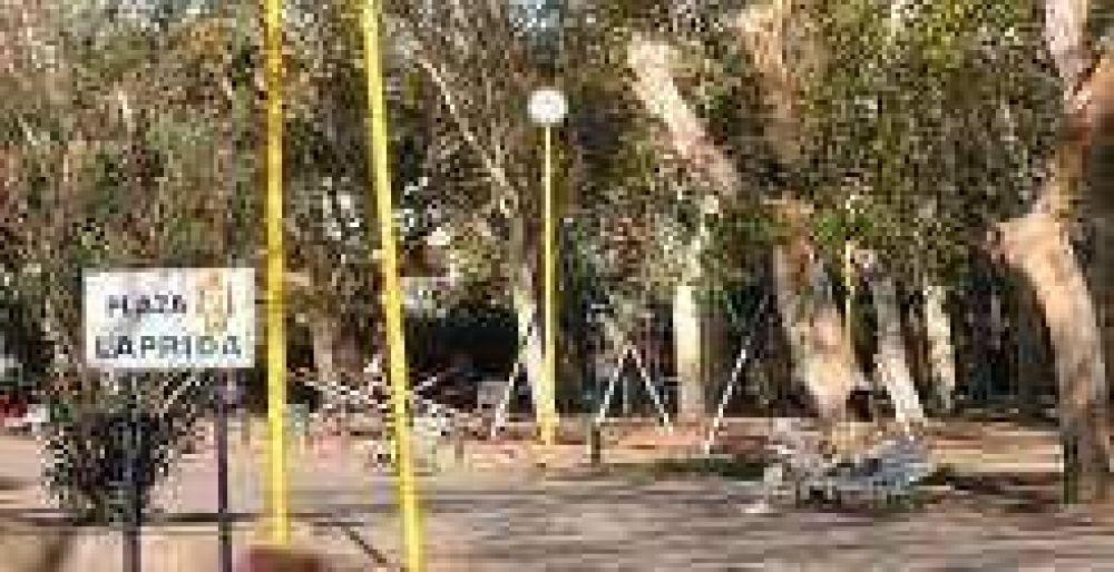 Estudian nuevo sistema de riego para la plaza Laprida