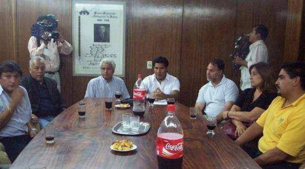 Empresarios y trabajadores solicitan con urgencia reunión con el Gobernador.