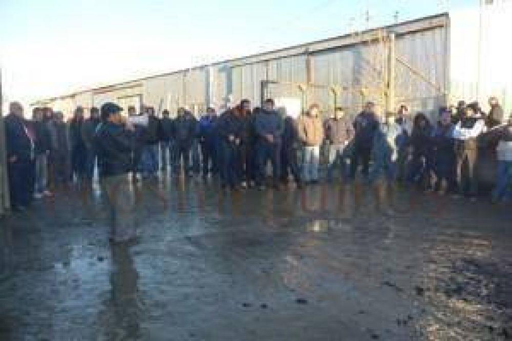Reclamo salarial: Crece el malestar entre los trabajadores municipales