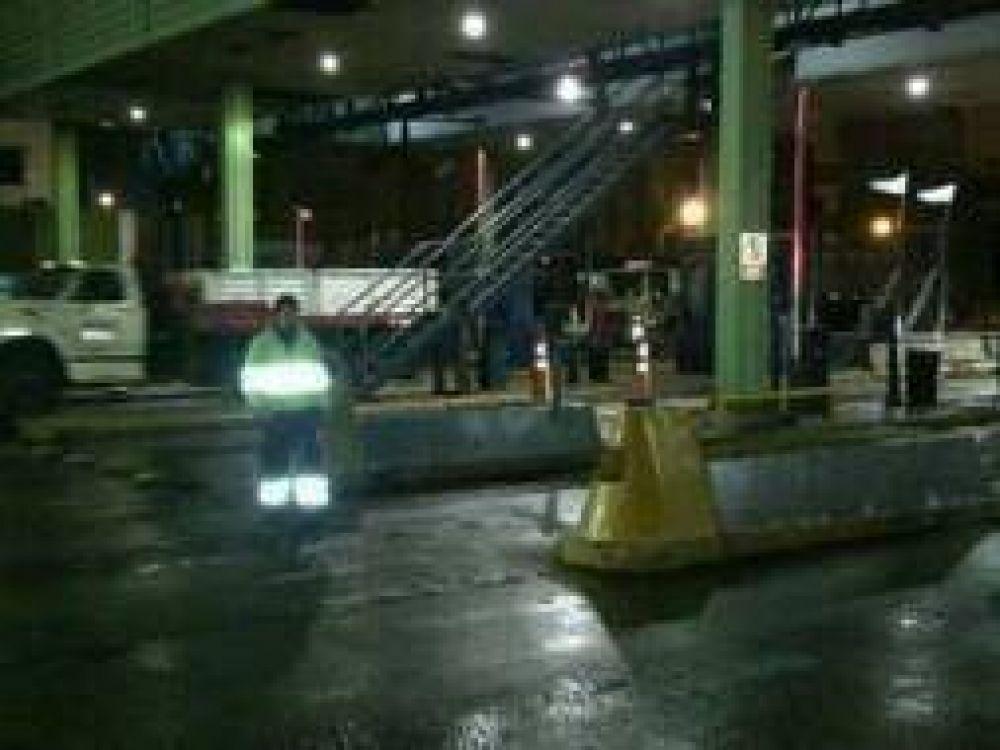 Paro de los trabajadores del peaje de la Autopista Buenos Aires - La Plata