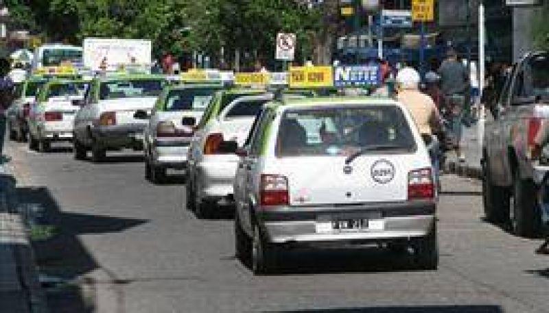 Se viene un aumento para el servicio de taxis y radiotaxis.