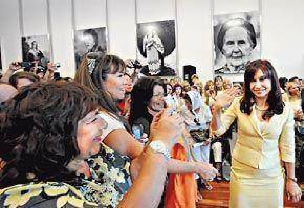 Cristina cruzó a Argibay por la demora en los juicios a represores