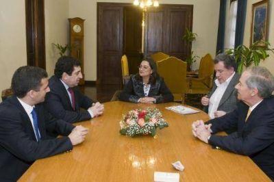 La Gobernadora recibió a empresarios mineros