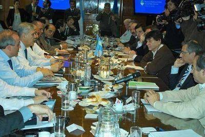 Eseverri presentó proyectos de obras de infraestructura al Ministerio de Planificación
