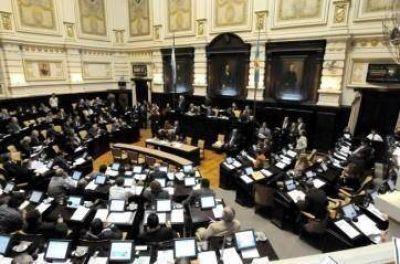 Opositores insisten en eliminar Pacto Fiscal