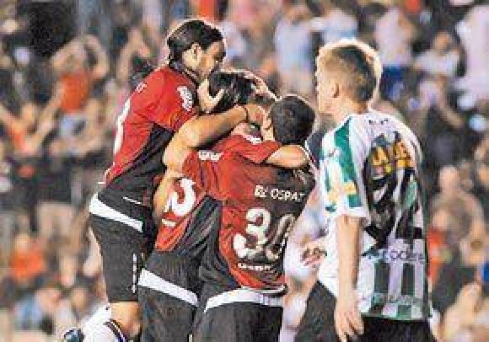 Colón sostiene con fútbol su derecho a ilusionarse